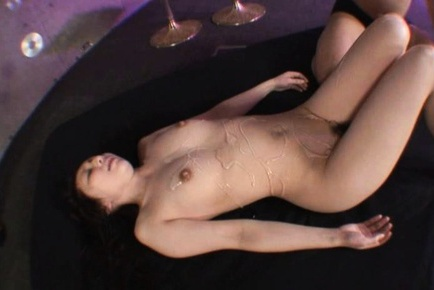 Oiled up babe Noeru Fujik gets fucked in the ass