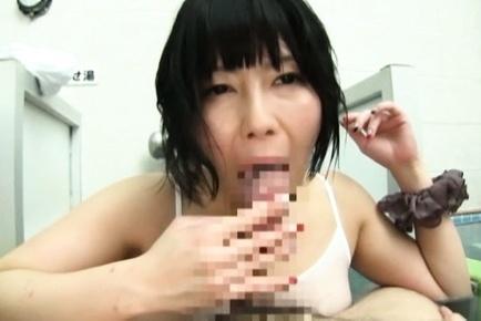 Cute Japanese milfs meet horny guys in a bath and arrange group sex